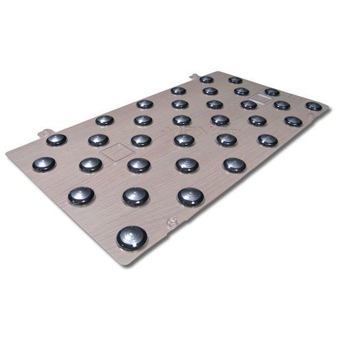 Plaques de plots podotactiles PODOKit thermoplastique et inox auto-adhésifs